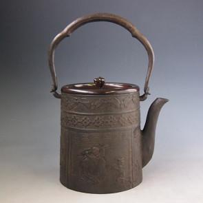 tb213 上田写 寸胴形布袋文鉄瓶 鉄壺 約1.5L【日本製・証明書付き】【海外対応可】