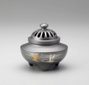 135-55,伝統 香炉 「玉利久・双鶴」銅製 桐箱付 【 高岡銅器 】