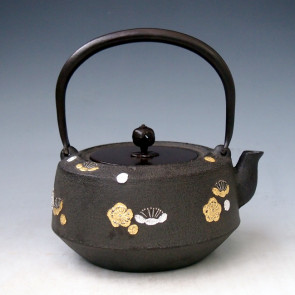 No.tb220, Iron kettle (teakettle) , the design is plum flower and bamboo with silver and gold inaly, Made by Masamitu Kikuchi, about 1.4L