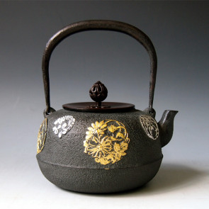No.tb97, Kiryudo Iron kettle(teakettle), design is flower background with gold and silver leaves,made by Masamitu Kikuchi