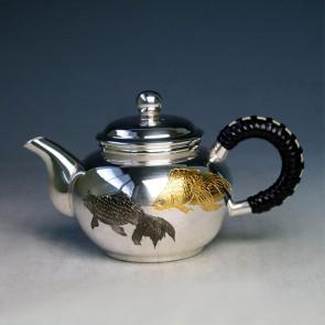 uk118sk, 纯银 银壶 弯手把 金鱼雕金 纯银保证 约0.1L 泡茶银壶