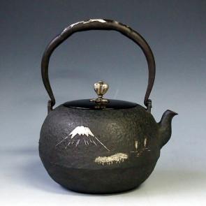 tb2b, 龙文堂模本,富士山风景图,银镶嵌,1.4L,  铁壶