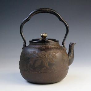 tb60 龙文堂模本 牡丹花篮图 约1.4L, 铁壶