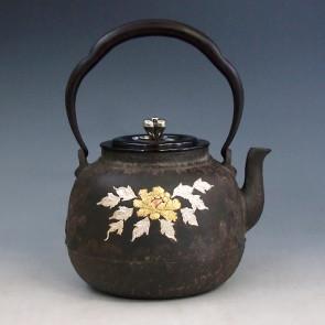 tb98, 龙文堂模本 牡丹、花篮、桃子图 金银铜镶嵌 约1.3L, 铁壶