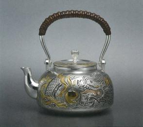 obg-n118,大渊光则作 纯银泡茶壶 飞龙图 约0.2L,银壶
