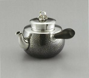 obg-n018, 大渊光则作 纯银泡茶壶 槌纹 约0.2L, 三连环壶摘 银壶