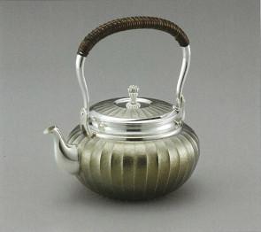 obg-n038,大渊光则作 纯银烧水壶 竖条纹 古典银灰色 约0.8L, 银壶
