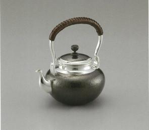 obg-n046,大渊光则作 纯银烧水壶 槌纹 黑色 约0.5L 银壶