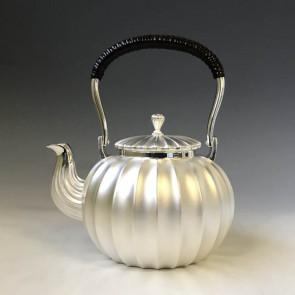 obg-n034,大渊光则作 瓜形纯银银壶  约0.8L, 银壶