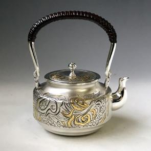 obg-n027,大渊光则作 纯银银壶 飞龙雕金图 约0.4L, 银瓶