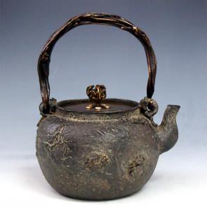 tb150, 龜文堂模本  柳條三蟹 座:銀 蘭形提手 三龍摘手 約1.4L鐵壺