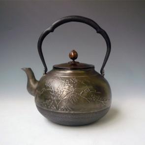 hn903sa, 般若勘溪作 老松、翠竹、梅花圖 約1.7L 砂鐵 鐵壺